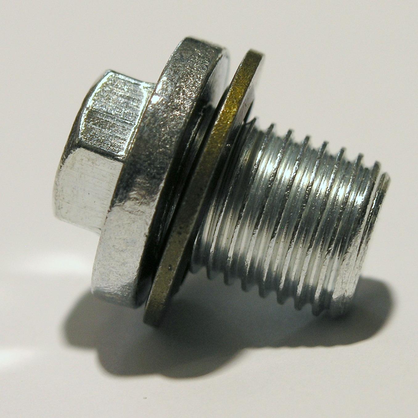 ford-sump-plug-also-fits-saab-8731762.jpg